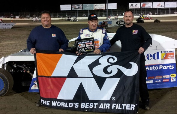 "Ken Schrader drove his Federated Auto Parts #9 Modified to victory over a stellar 40 car field of entries on Saturday night at Magnolia Motor Speedway in the 6th annual USCS ""Frostbuster 250"" at Magnolia Motor Speedway in Columbus, MS."