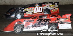 Randy Korte & Rickey Frankel battle for the lead at Tri-City Speedway on 8/1/14